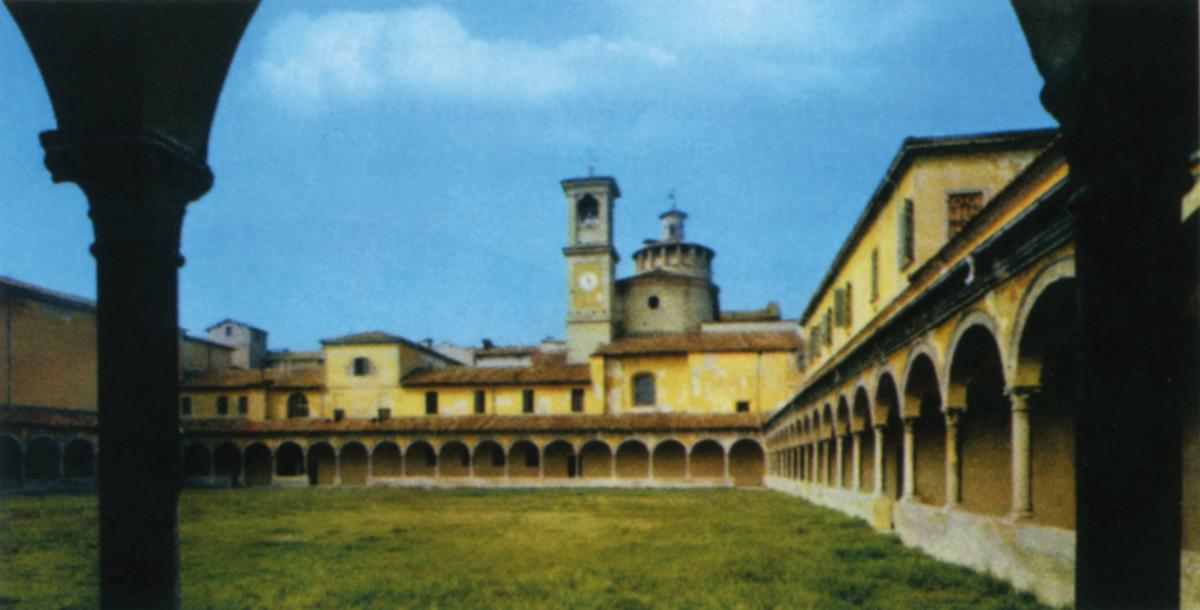 Certosa-Chiostro-interno-e1438855253387
